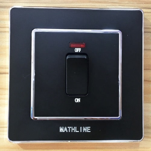/2/0/20A-Switch---Black-6392394_4.jpg