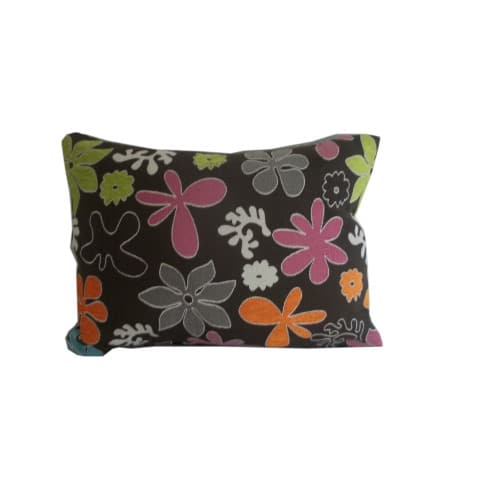 /4/0/40cm-by-25cm-Throw-Pillow---Brown-Multicolour-7037314.jpg