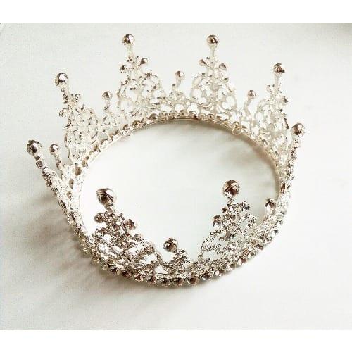 /B/e/Beautiful-Bridal-Crown-6643121.jpg