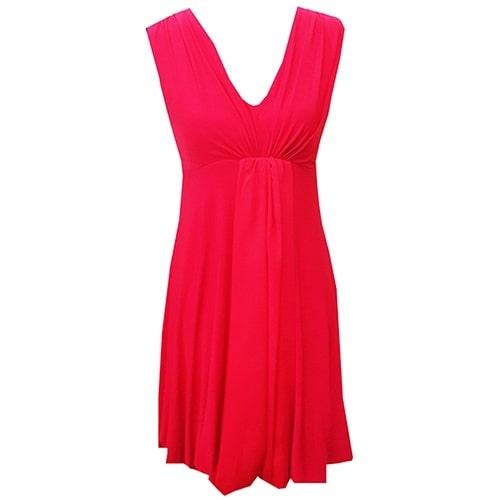 /B/e/Beautiful-Red-Dress-3900080_1.jpg