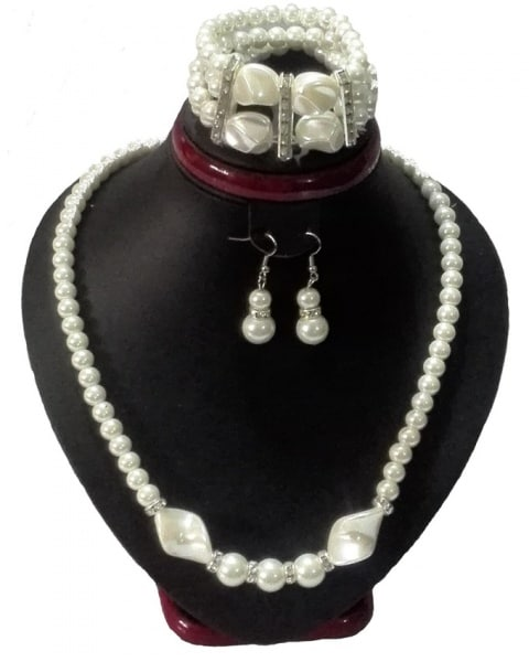/B/e/Betty-Rubble-White-Pearl-Jewelry-Set---3-Piece-7610188_1.jpg