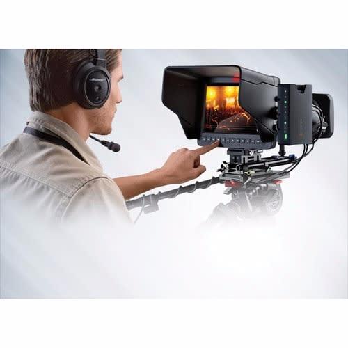 /B/l/Blackmagic-Studio-Camera-4K-4901819.jpg