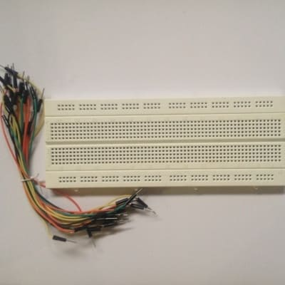 /B/r/Breadboard-and-Jumper-Cable-6342146.jpg