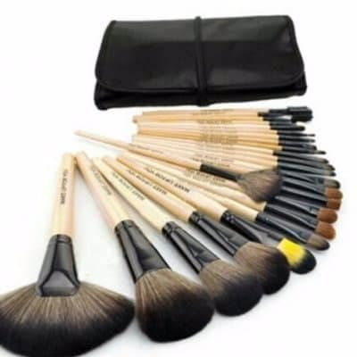 /B/r/Brush-Set-With-Pouch---32-Pieces-7926540.jpg
