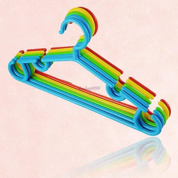 /C/l/Cloth-Hanger---Set-of-5-7623325_3.jpg