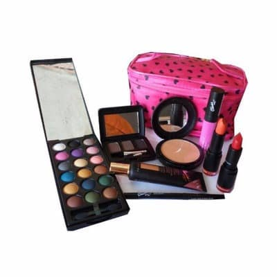 Complete Makup Kit With Free Makeup Bag