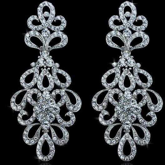 /C/r/Crystal-Bridal-Drop-Earrings-7504501_2.jpg