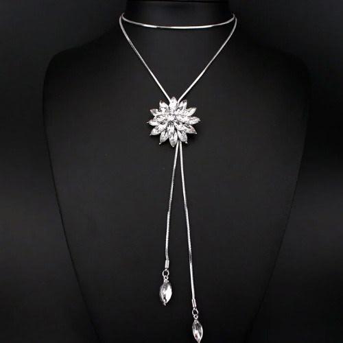 /C/r/Crystal-Flower-Pendant-Necklace-8056730_1.jpg