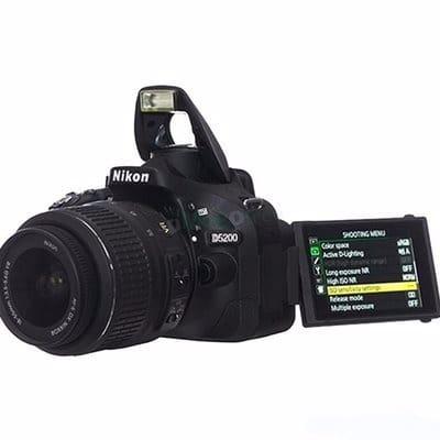 /D/5/D5200-DSLR-Camera-with-18-55mm-Lens-Flip-LCD-7852767.jpg