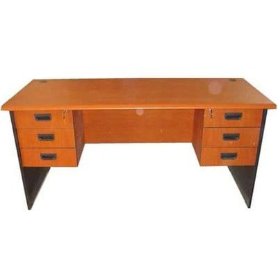 /D/e/Desk---1782927-7863586.jpg