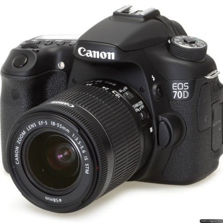 /E/O/EOS-70D-Digital-SLR-Camera-with-18-135mm-STM-Lens-7530783_3.jpg