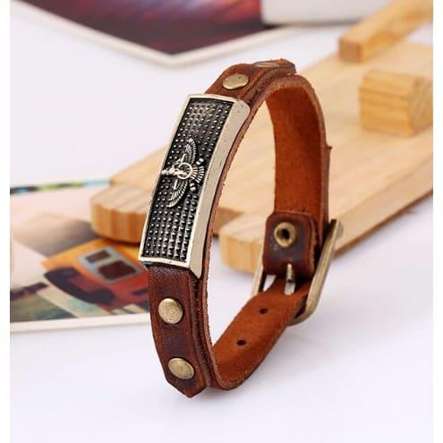 /E/a/Eagle-Design-Leather-Bracelet-7876795_1.jpg