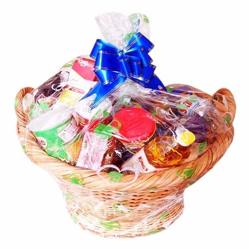/E/x/Exquisite-Christmas-Hamper-7828113.jpg
