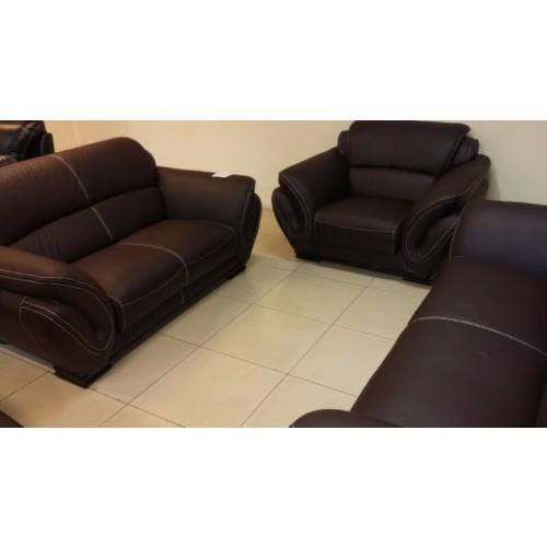 /E/x/Exquisite-Italian-Animal-Skin-Leather-Sofa-1102--7743159_1.jpg
