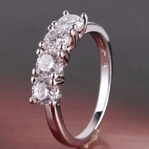 /F/a/Fashion-Wedding-Engagement-Ring-7557405_1.jpg