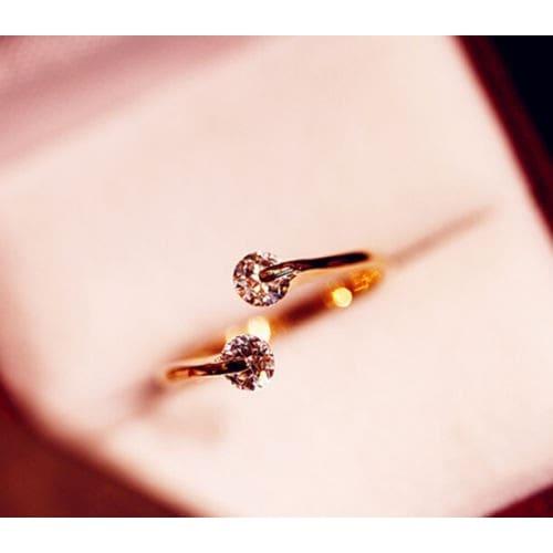 /F/i/Fia-Engagement-Ring---Gold-7828198.jpg