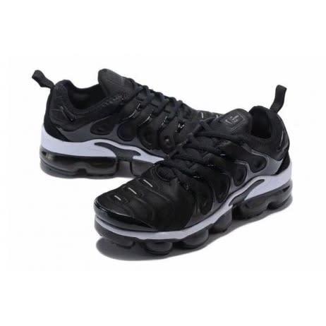 Nike Air Vapormax Plus | Black White