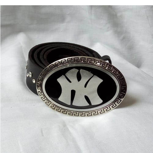 /G/l/Glittering-Italian-Leather-Belt--Ny-6345200.jpg