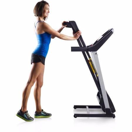 c0797f3a91f ...  G o Gold-Gym-Trainer-430i-Treadmill-8061151 1