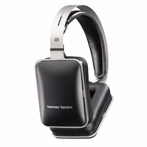 /H/e/Headphones-6867707_4.jpg
