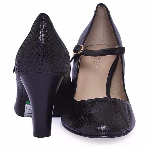Heels -Black.