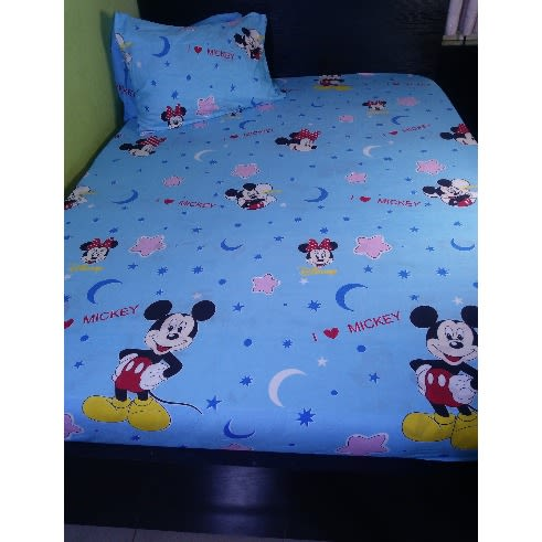 Anniesbeddings Mickey Mouse Colourful Cotton Bedsheet