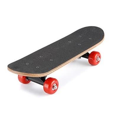 /J/u/Junior-Skateboard---Aged-4-10-7165995.jpg