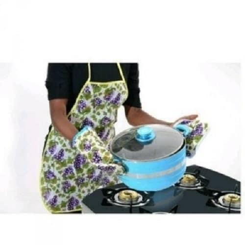 /K/i/Kitchen-Apron-with-Pot-Holder-Oven-Mittens-7887676.jpg