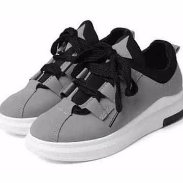 /L/a/Ladies-Sneakers---Grey-7832199.jpg