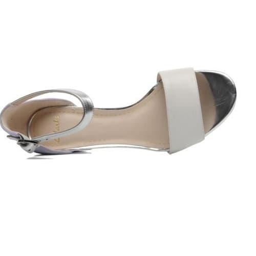 d12b31356dd Clarks Ladies Suzie Deva Block Heel Leather Sandals