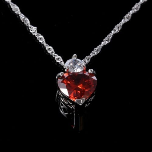 /L/a/Ladies-Vintage-Classic-Necklace-with-Crystal-Heart-Shaped-Pendant---Red-7698356_1.jpg