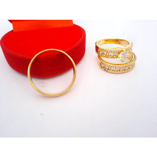 /L/e/Leyla-Williams-Queen-Wedding-Engagement-Set-of-Ring---Gold-7560294.jpg