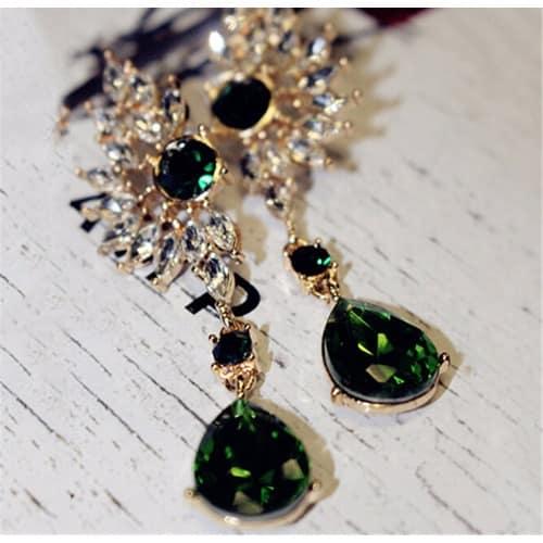 /L/u/Luxurious-Wing-Shape-Dazzling-Gem-Full-Rhinestone-Crystal-Big-Stud-Green-Earrings-6324339.jpg