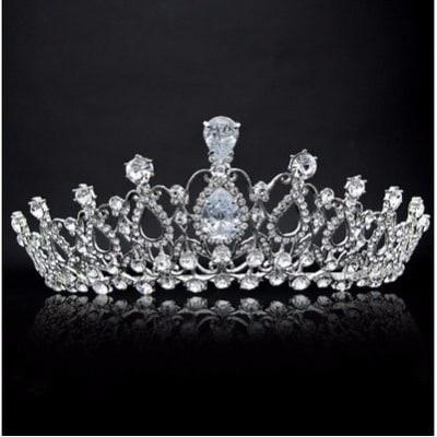 /L/u/Luxury-Crystal-Bridal-Tiara-Crown---Silver-7186967.jpg