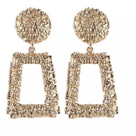 677b7abd07 Big Vintage Indian Gold Earring