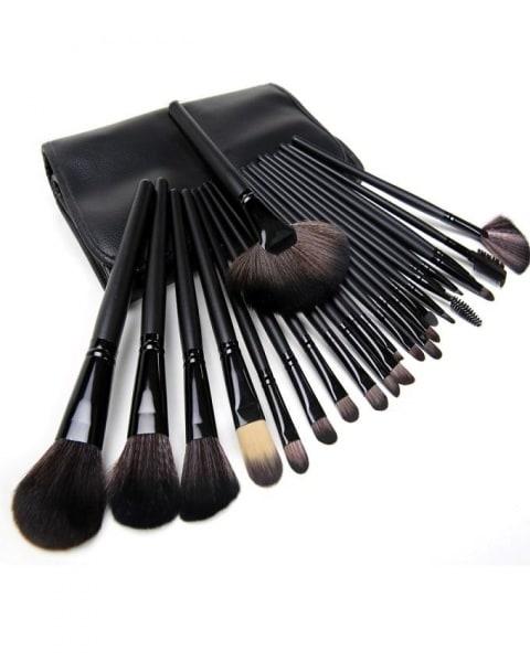 /M/a/Make-Up-Brush-24-Piece-7856897.jpg