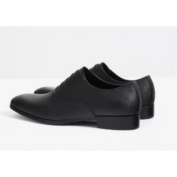/M/a/Man-Black-Embossed-Oxford-Shoes-8039826.jpg