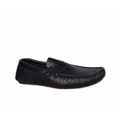 /M/e/Men-s-Classic-Leather-Loafers---Black-Free-Socks-Shoe-Care-7592975.jpg