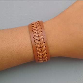 /M/e/Men-s-Mat-Design-Leather-Bracelet---Brown-6287885_1.jpg