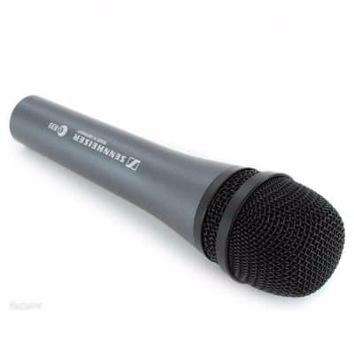 /M/i/Microphone-for-Stage-Choir-and-Studio---Wired-6890071_1.jpg
