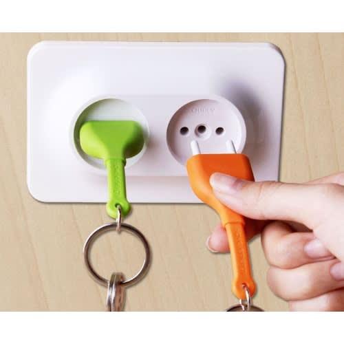 Double Unplug Keyholder