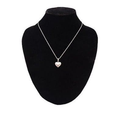 /N/e/Necklace-with-Pendant-7935491.jpg
