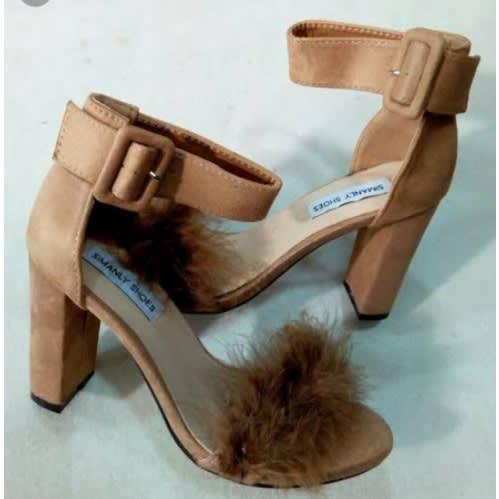 b9dde00adb6 Block Heel Fur Details - Brown