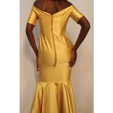 /O/f/Off-Shoulder-Bride-s-Maid-Dress-7886098.jpg