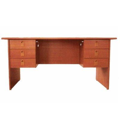 /O/f/Office-Desk-7527482.jpg