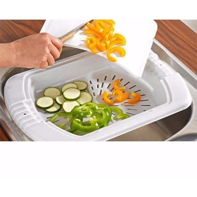 /O/v/Over-The-Sink-Chopping-Board-Drainer-5348293_2.jpg