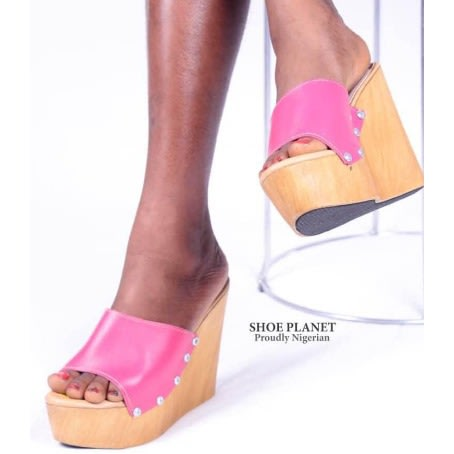 6161939d8c19 Wedge Slippers - Pink