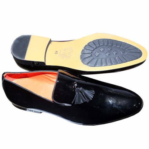 /P/a/Patent-Leather-Loafer-With-Tassel---Black-6020307.jpg