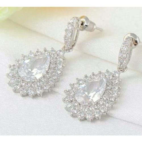 /P/e/Pear-Cut-Water-Drop-Bridal-Earrings-7029867_2.jpg