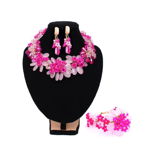 /P/e/Petals-Wire-Worked-Crystal-Beaded-Jewelry-Set--Pale-Pink-Fuchsia-Pink-5282357.jpg